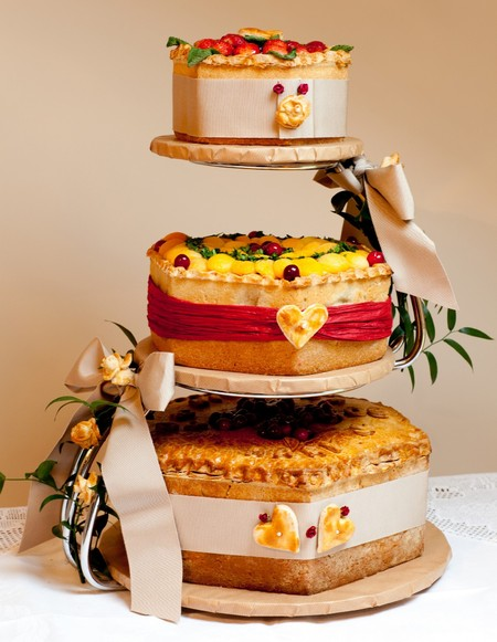 ginger pig pork pie 3 tiered wedding cake