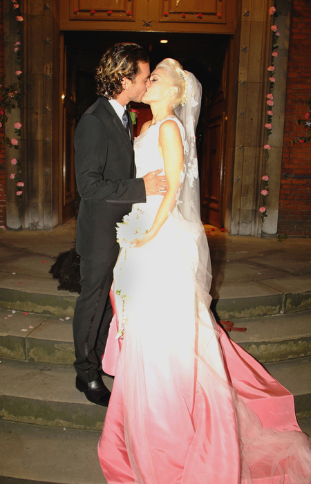 Gwen Stefani wedding dress