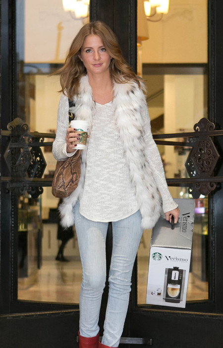 Millie Mackintosh Starbucks machine