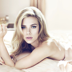 Scarlett Johansson unveils new D&G foundation