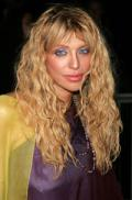 Courtney Love plans UK move