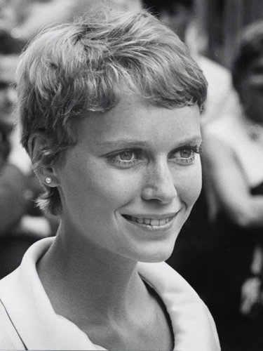 Mia Farrow's pixie crop hairstyle
