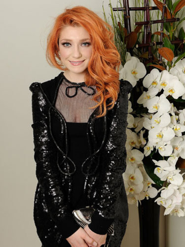Nicola Roberts's side-swept waves