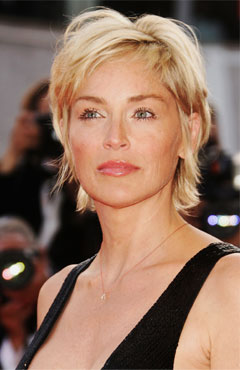 Coupe cheveux sharon stone for Coupe de cheveux sharone stone