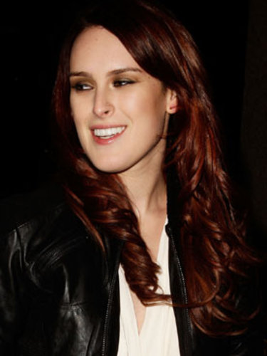 Rumer Willis' auburn waves