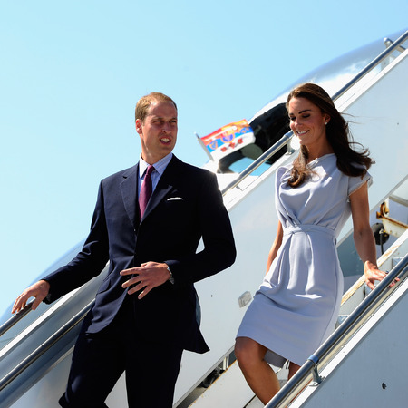 Kate Middleton gets off airplane