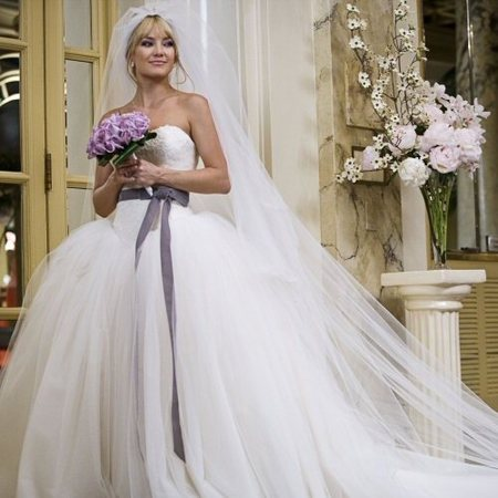 Kate Hudson's Vera Wang wedding dress in <em>Bride Wars</em>