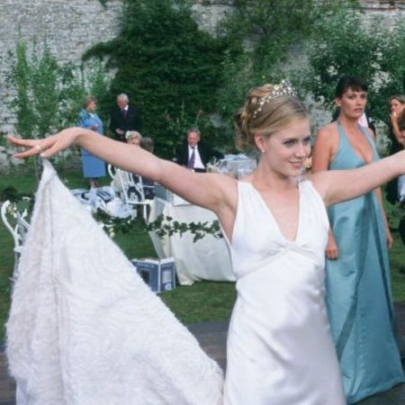 Amy Adams in <em>The Wedding Date</em>