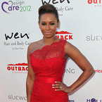 Mel B does Gangnam Style dance in Australia