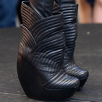 Ellie Goulding is Gaga inspired with giant boots