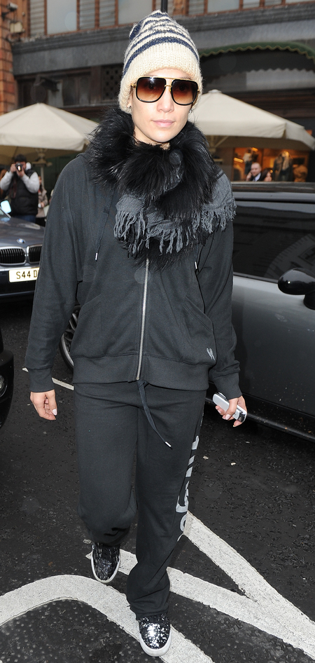 Jennifer Lopez in tracksuit in London Oct 2012