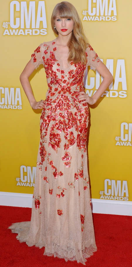 Taylor Swift in Jenny Packham at CMAs 2012
