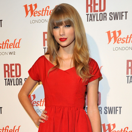 Taylor Swift Westfield London Xmas lights 2012
