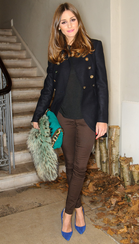 Olivia Palermo carries Matthew Williamson embroidered clutch from AW12