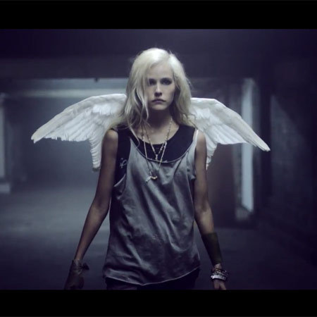 Isabel Lucas in Give Me Love video