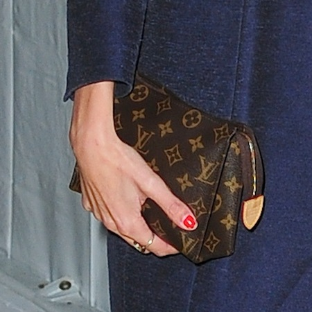 SPOTTED! Alexa Chung's Louis Vuitton clutch