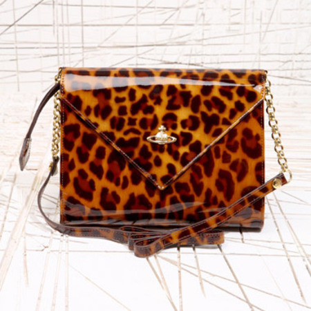 BAG LOVE: Vivienne Westwood envelope bag at Urban Outfitters