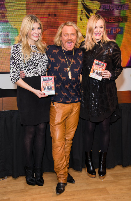 Fearne Cotton and Holly Willoughby do party style at Celebrity Juice signing