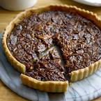 Go American with Thanksgiving pecan pie recipe