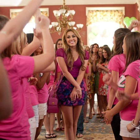 Miley Cyrus in So Undercover