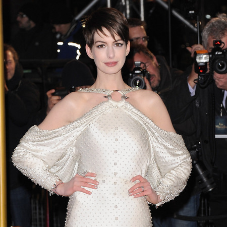 Anne Hathaway wows in Givenchy gown at Les Misérables premiere