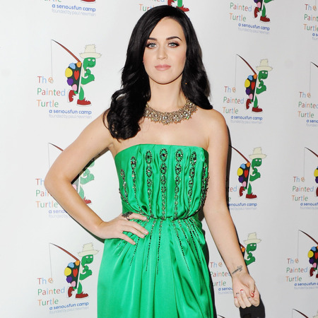 Katy Perry does green glamour in Yves Saint Laurent gown