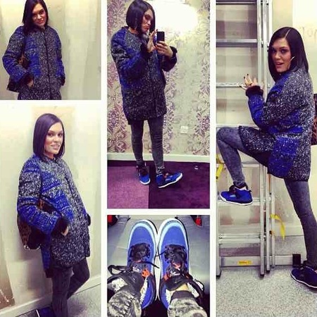 Jessie J styles Alexander Wang tote with blue and grey knit