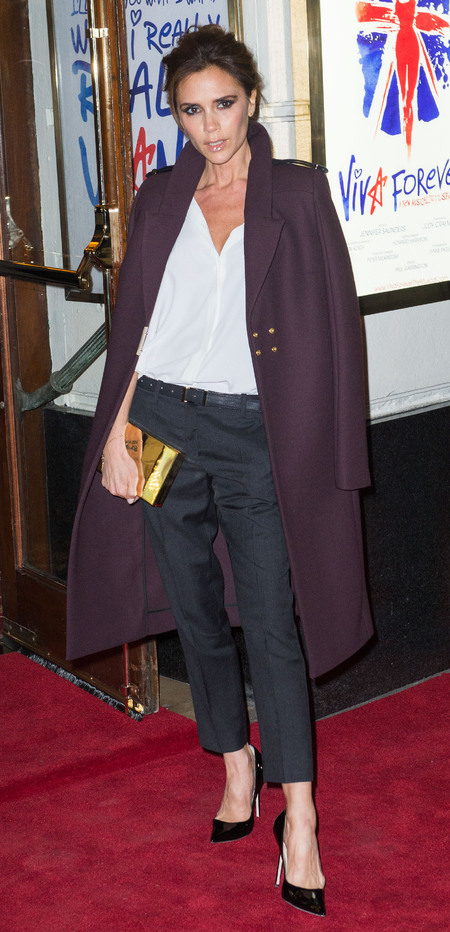 Victoria Beckham is sharp & sultry at Viva Forever press night