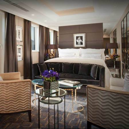 London hotel review - The Wellesley London - Art Deco hotel - Gatsby style - Luxury hotel - Art deco - Churchill Suite - Travel