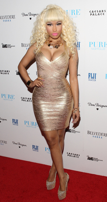 Nicki Minaj goes for gold in glitzy bodycon frock