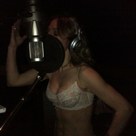 Geri Halliwell in her bra