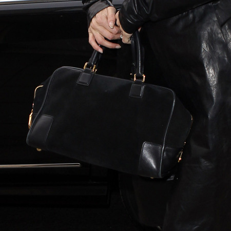SPOTTED! Kate Moss in London with Loewe Amazona bag