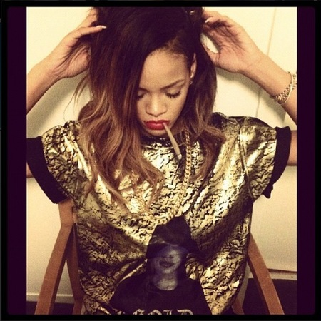 Rihanna shows off ombré rehearsal hair on Instagram