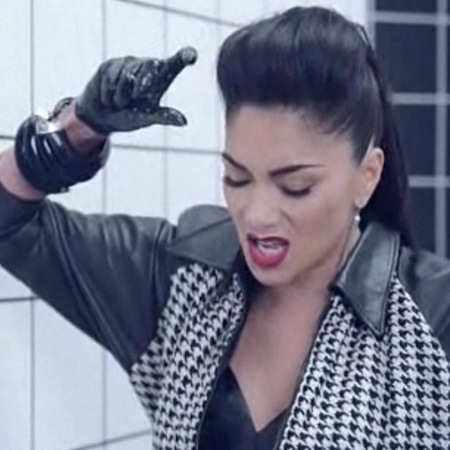 Nicole Scherzinger Boomerang video