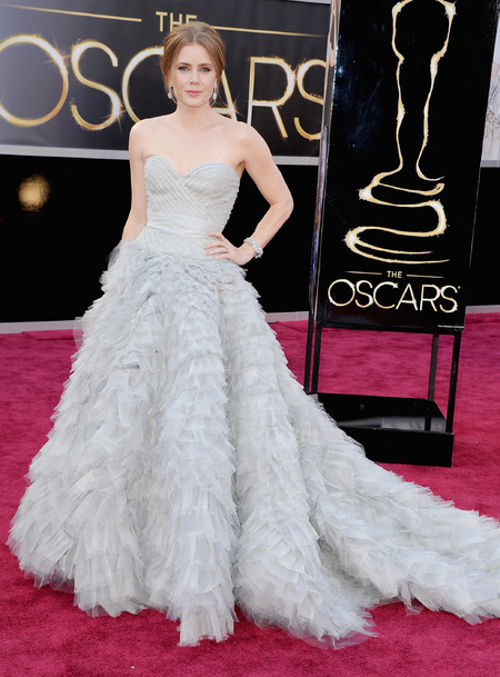 Amy Adams in Oscar de la Renta dress at the Oscars 2013