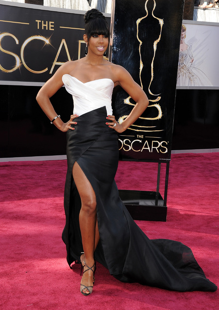 Kelly Rowland wears Donna Karen to the Oscars