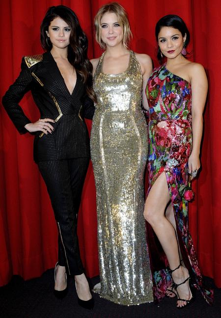 Masculine Fashion Trend Selena Gomez