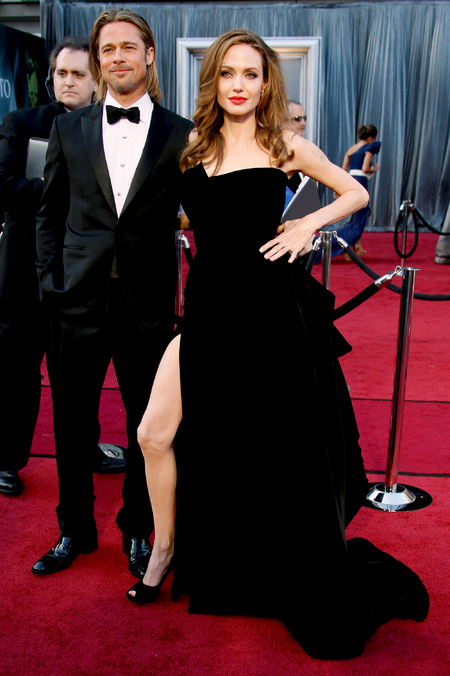 Angelina Jolie's leg flashing black Atelier Versace gown