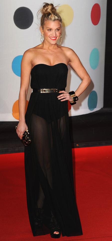 Ashley Roberts works a strapless black gown