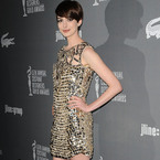 Anne Hathaway goes Gucci at Costume Designers Awards