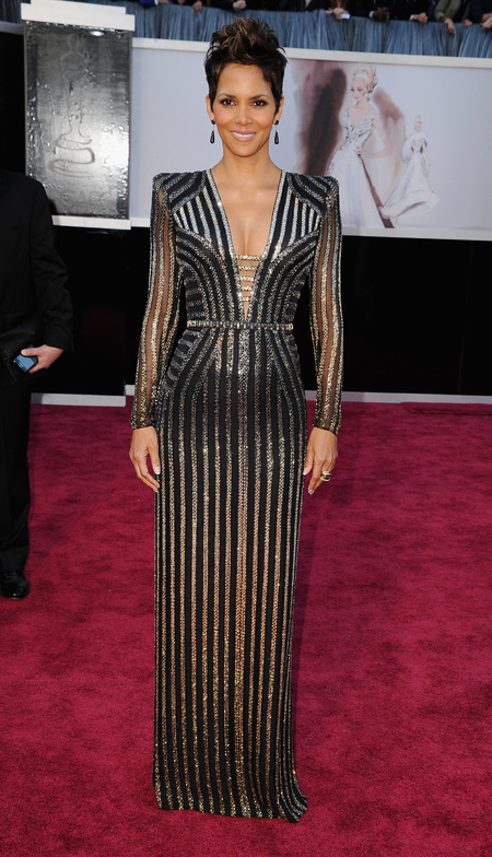 Halle Berry in Atelier Versace gown