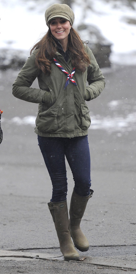 Kate Middleton joins Scouts in Lake District