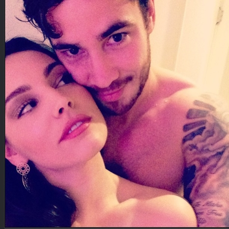 Kelly Brook and Danny Cipriani topless in bed