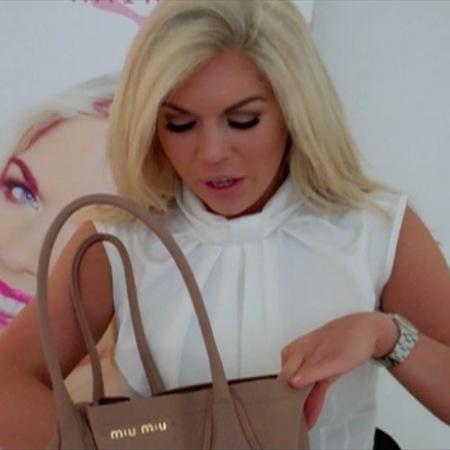 Frankie Essex takes What's In My Handbag challenge