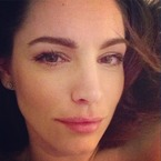 Kelly Brook flaunts barely-there beauty before bed