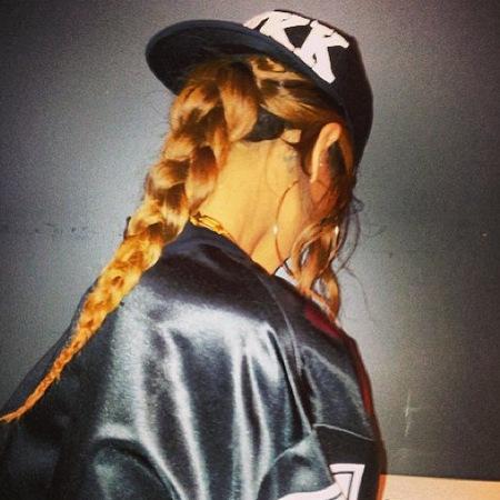 Rihanna's ponytail plait