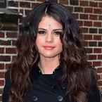 Selena Gomez fuels bindi controversy