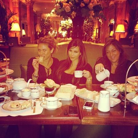 Kim Kardashian enjoys afternoon tea