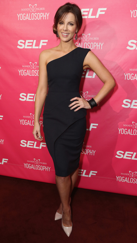 Kate Beckinsale wears LBD at yoga book launch