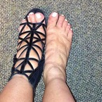 How to relieve swollen summer feet